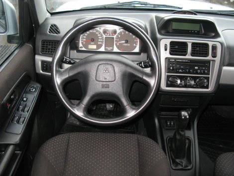2004 mitsubishi pajero pinin pictures 1 8l gasoline manual for sale rh cars directory net Mitsubishi Pajero Shogun Mitsubishi Pajero 3 Door