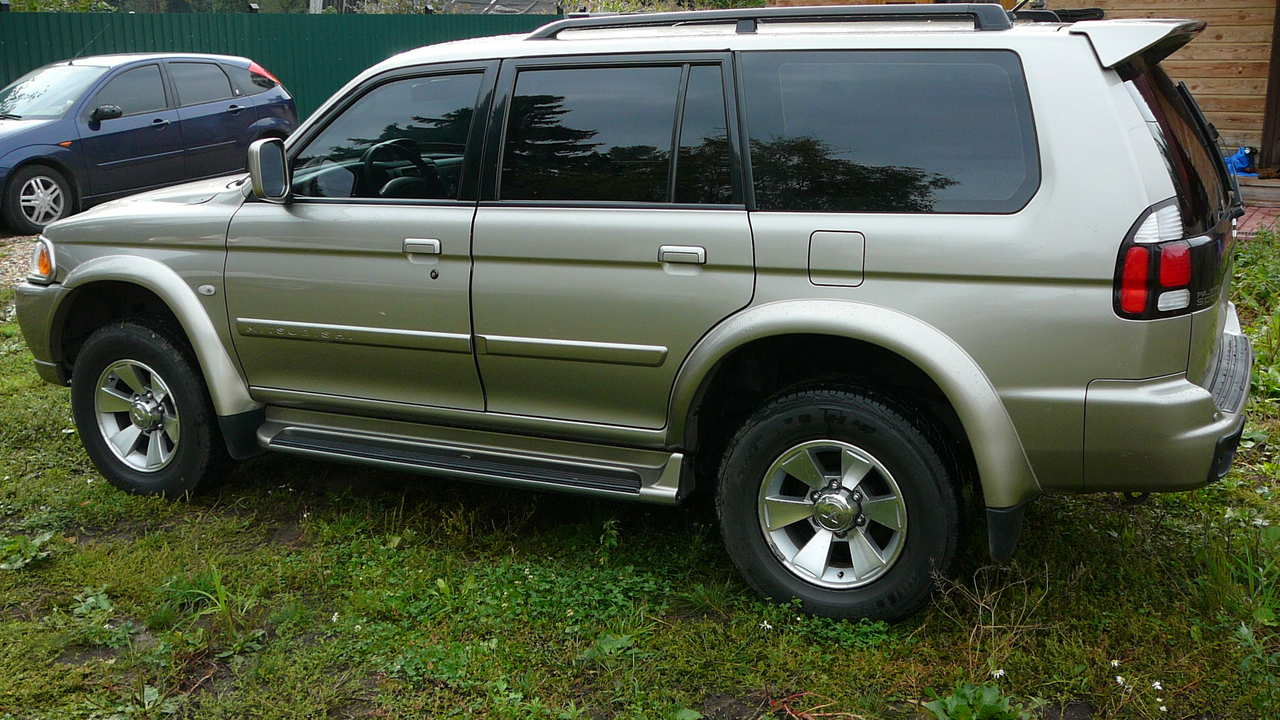 2006 mitsubishi pajero sport for sale 3000cc gasoline. Black Bedroom Furniture Sets. Home Design Ideas