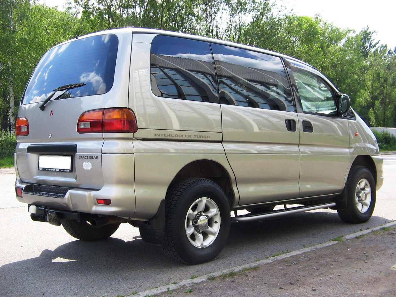 2000 Mitsubishi Space Gear Images 2500cc Diesel Manual