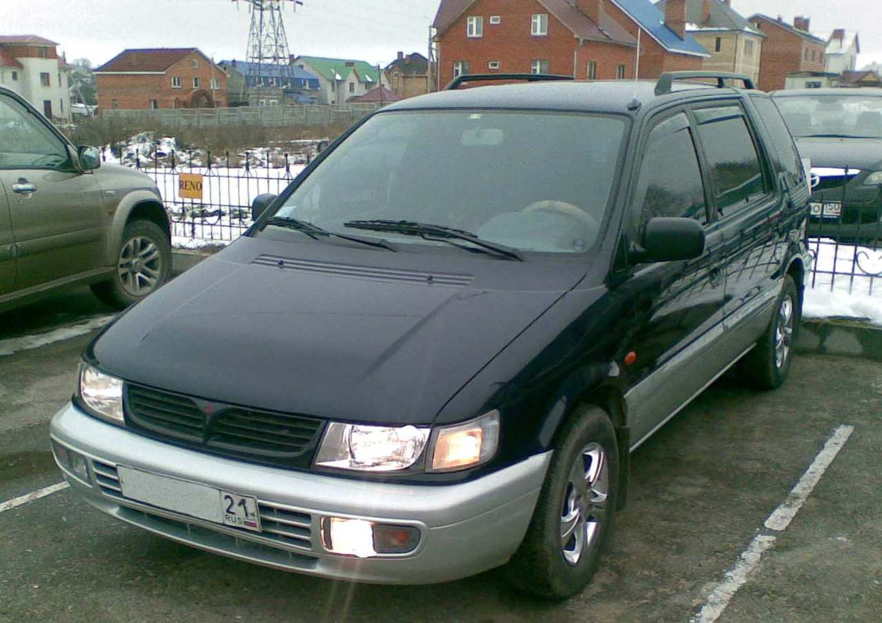 1997 mitsubishi space wagon pictures 2000cc gasoline manual for sale. Black Bedroom Furniture Sets. Home Design Ideas