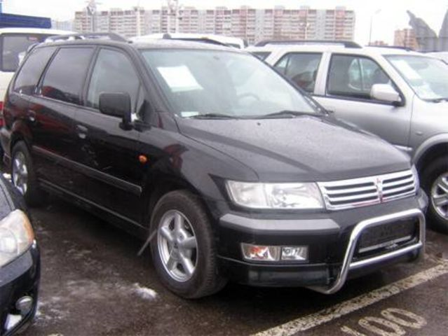 2000 mitsubishi space wagon pictures. Black Bedroom Furniture Sets. Home Design Ideas