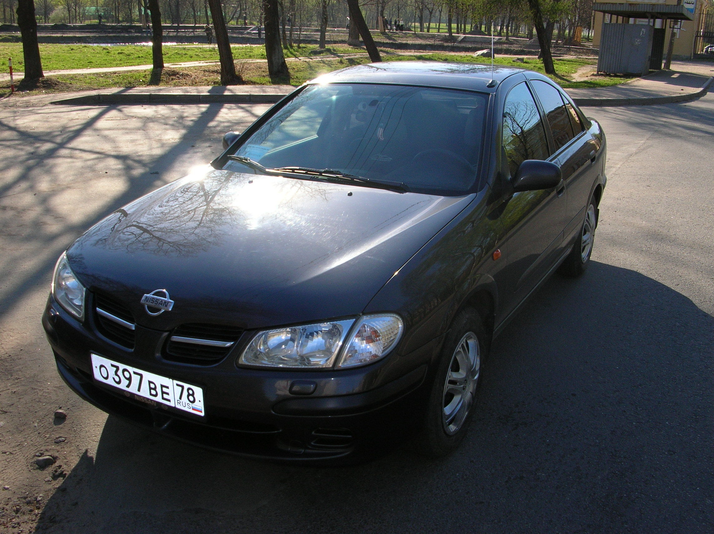 2001 Nissan Almera Pictures For Sale