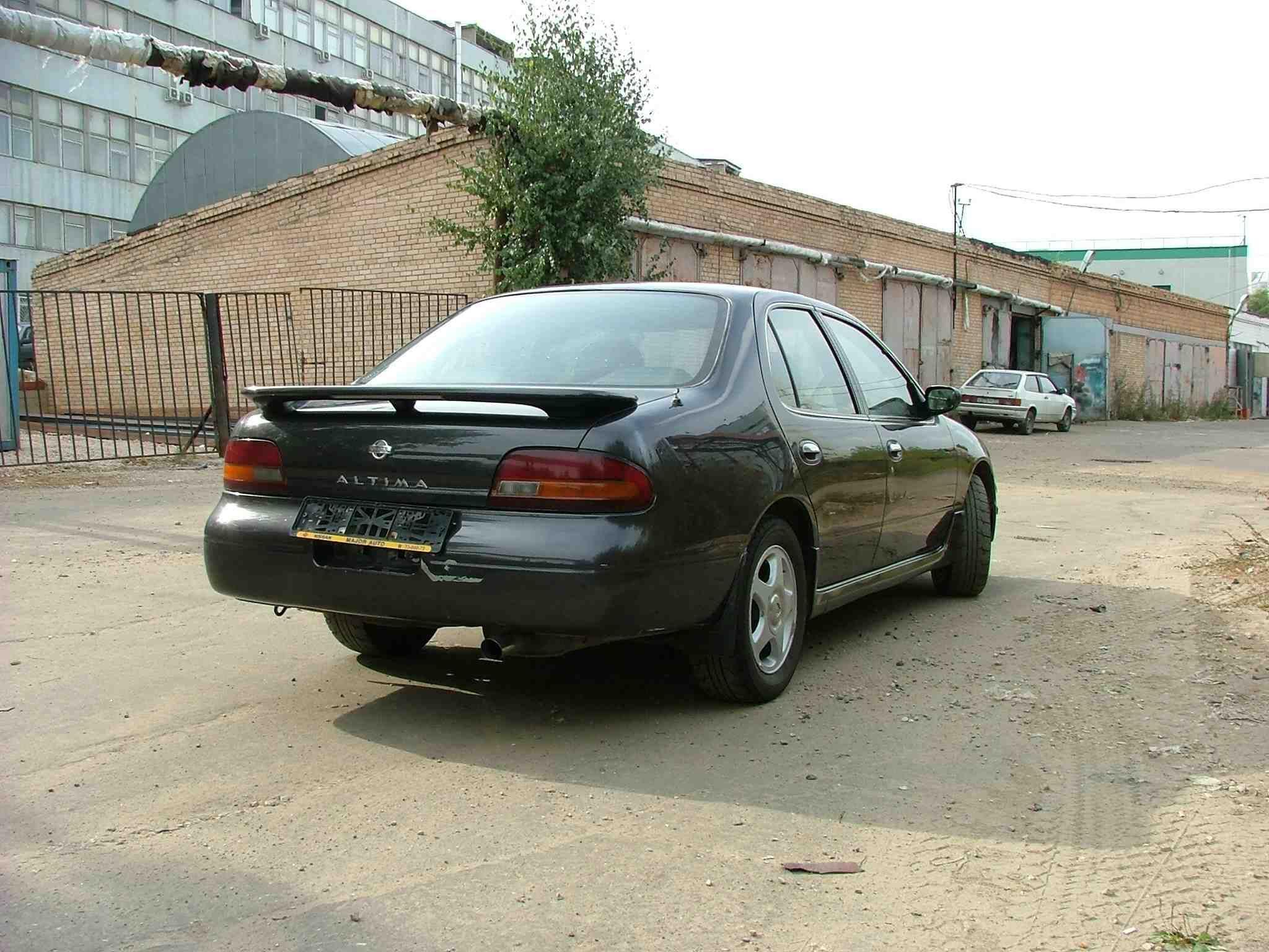 1993 nissan altima pictures 2400cc gasoline ff manual for sale rh cars directory net 2007 Nissan Altima 2005 Nissan Altima