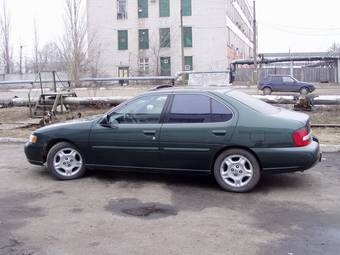 Used 2000 Nissan Altima Pictures