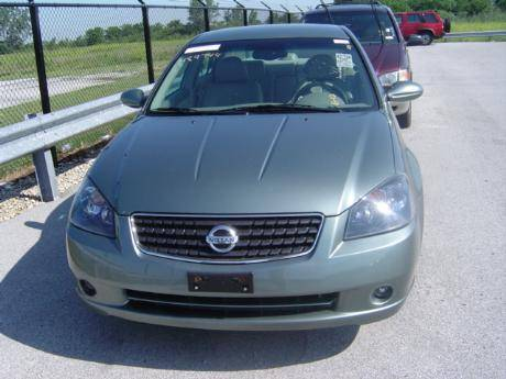2005 nissan altima photos 2 5 gasoline ff automatic. Black Bedroom Furniture Sets. Home Design Ideas