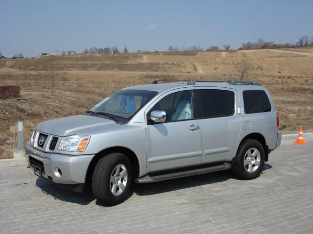 2003 Nissan Armada Pictures