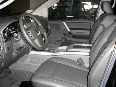 Used 2005 Nissan Armada Photos