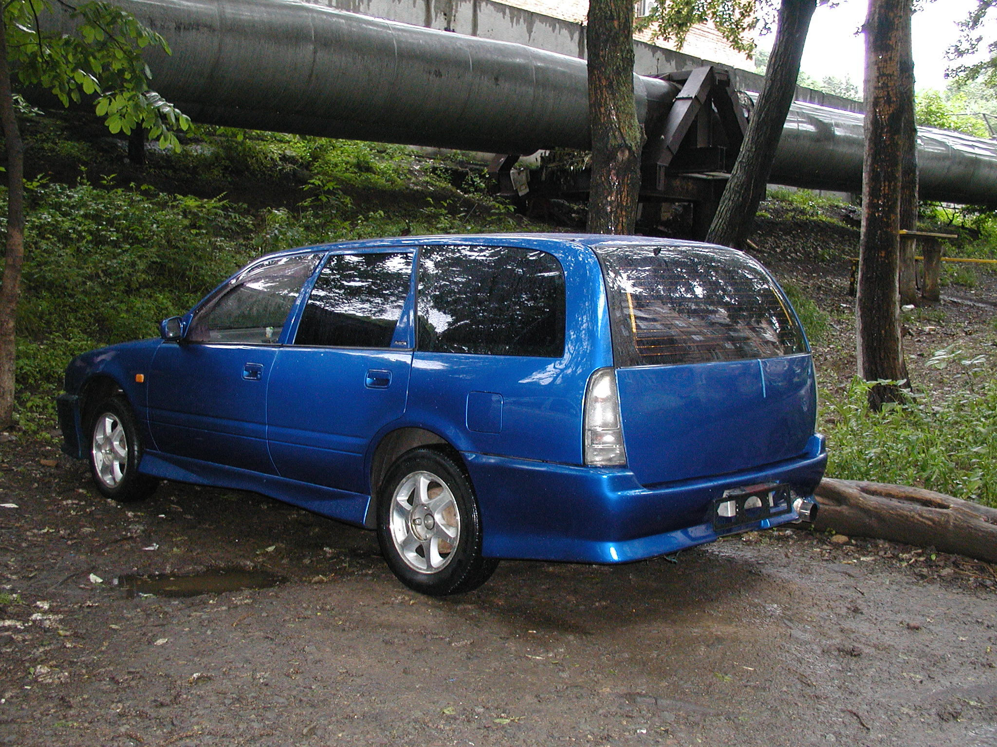 Nissan Avenir: specifications and cost of the Japanese wagon