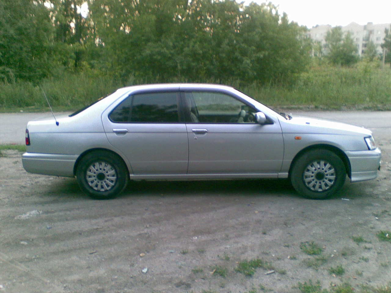 2000 Nissan Bluebird Pictures 18l Gasoline Ff Automatic For Sale Alternator Wiring Schematics Photo 2 Enlarge 1280x960