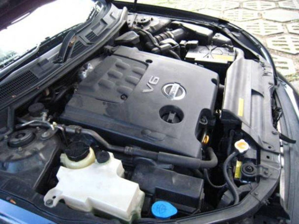 2004 Nissan Cefiro Images