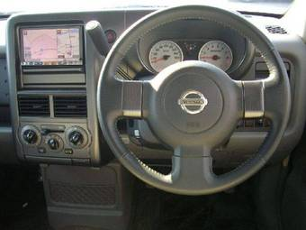 2007 Nissan CUBE Pictures
