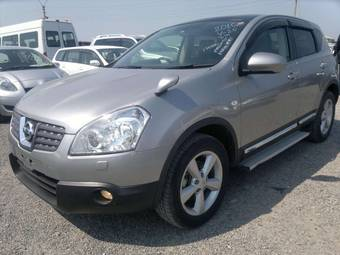 2010 Nissan Dualis Photos