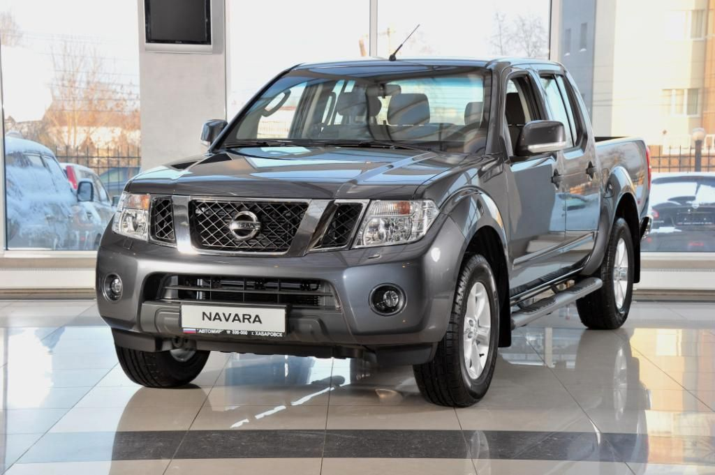 Used 2012 Nissan Navara Photos 2500cc Diesel Automatic