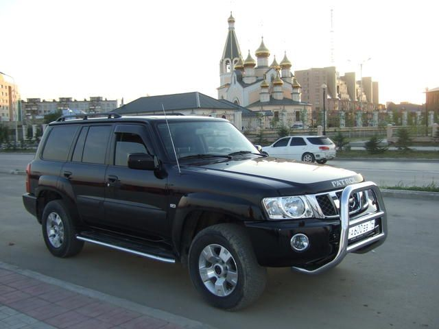 2006 Nissan Patrol Pictures