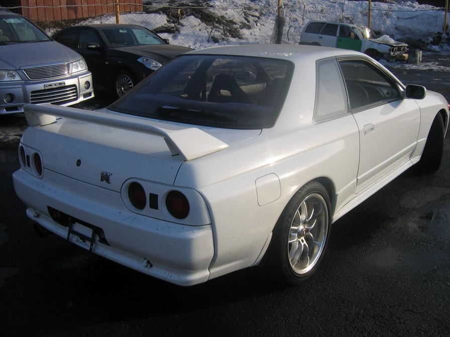 skyline gtr wallpaper. 1992 Nissan Skyline GT-R