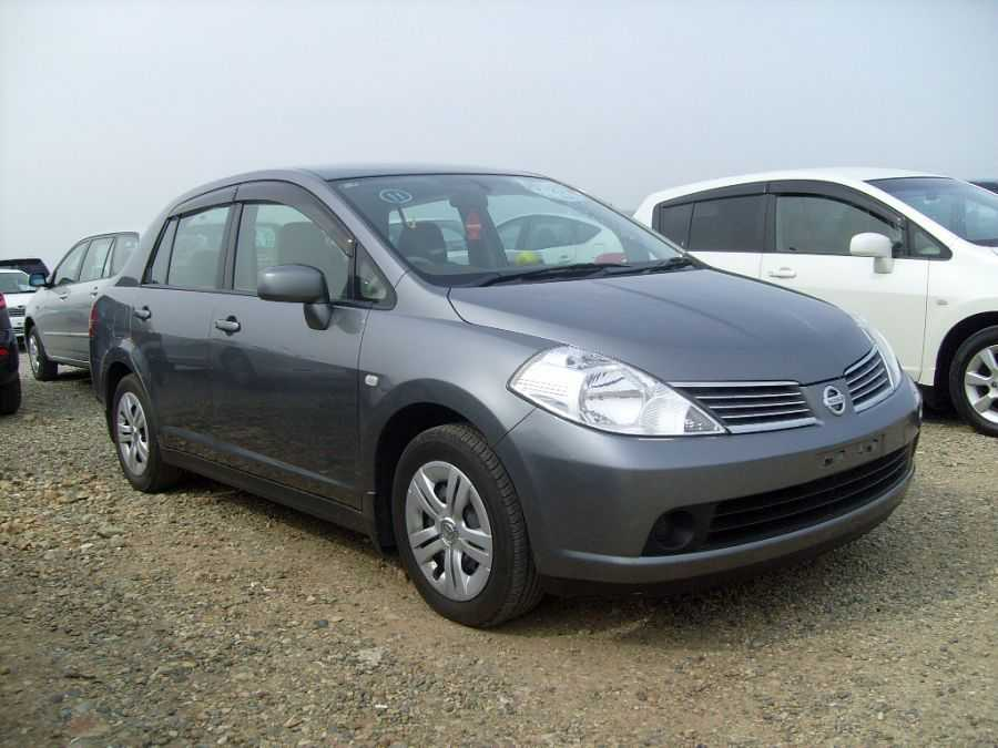 nissan tiida latio, 2006 год