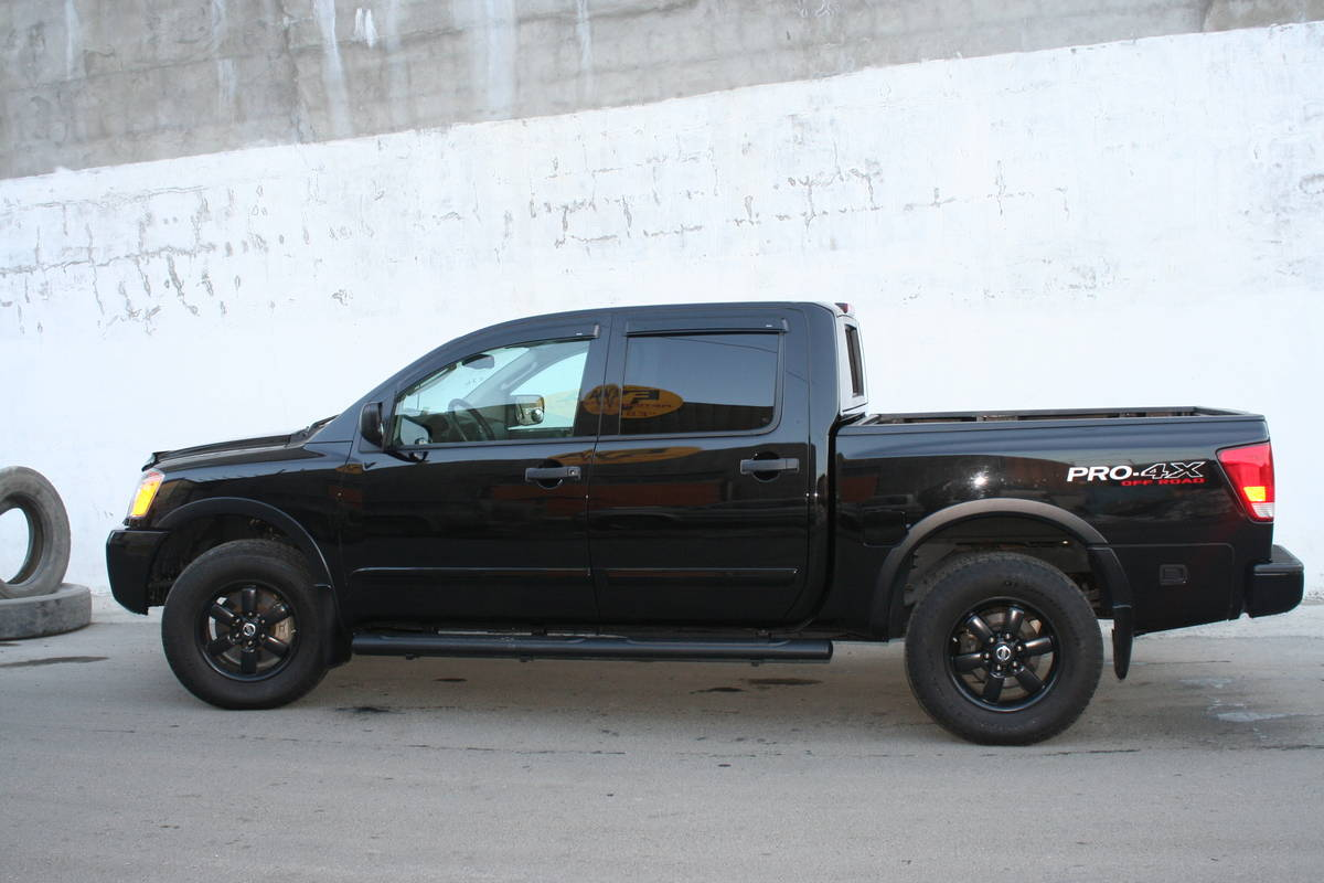2010 nissan titan pictures 5600cc gasoline automatic for sale. Black Bedroom Furniture Sets. Home Design Ideas