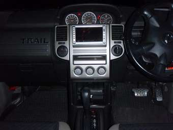 2003 Nissan X-trail Pictures