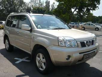 2004 Nissan X-trail Images