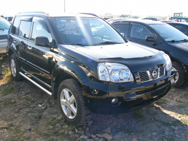 2004 nissan x trail images 2500cc gasoline automatic. Black Bedroom Furniture Sets. Home Design Ideas