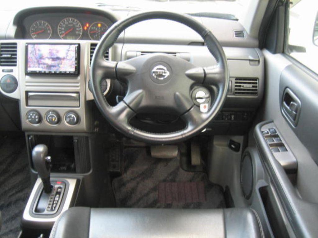 2006 Nissan x trail engine oil