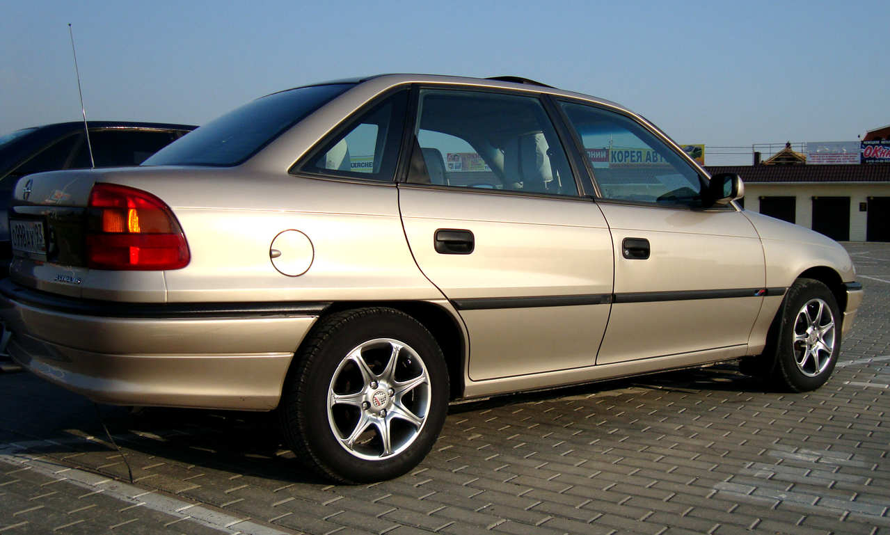 1997 opel astra for sale 1 6 gasoline ff manual for sale. Black Bedroom Furniture Sets. Home Design Ideas