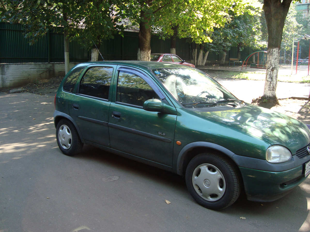1998 opel corsa photos 1 4 gasoline ff automatic for sale. Black Bedroom Furniture Sets. Home Design Ideas