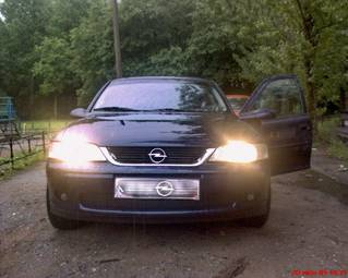 1999 OPEL Vectra Photos