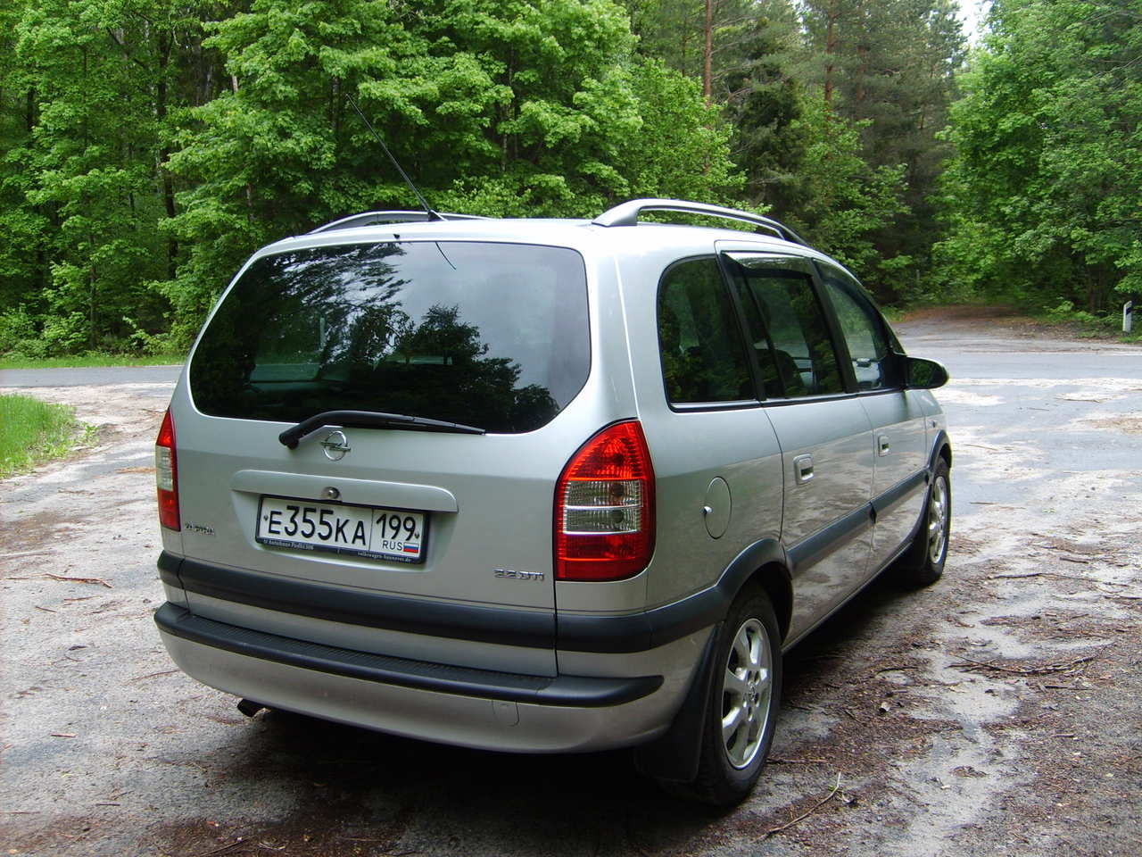 2004 opel zafira photos 2 2 diesel ff manual for sale. Black Bedroom Furniture Sets. Home Design Ideas