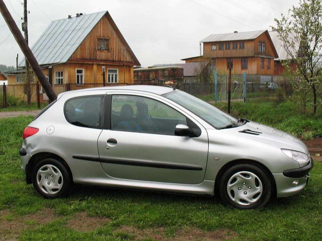 Photo #1 - Enlarge photo 1044x783 1999 Peugeot 206 Photos