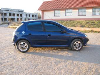 used 2000 peugeot 206 photos 1361cc gasoline ff automatic for sale. Black Bedroom Furniture Sets. Home Design Ideas