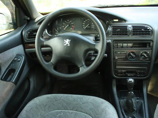 Peugeot 406 - Wikipedia