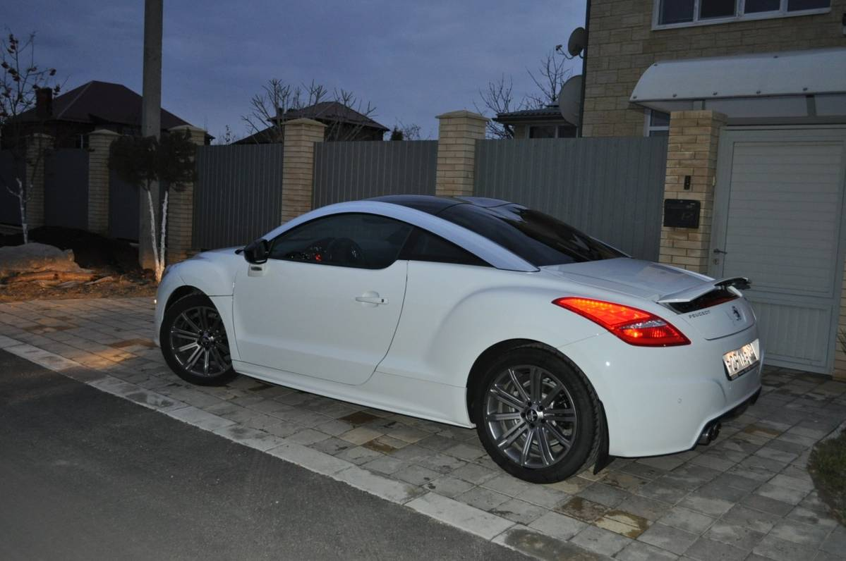 2011 peugeot rcz pictures gasoline ff automatic for sale. Black Bedroom Furniture Sets. Home Design Ideas