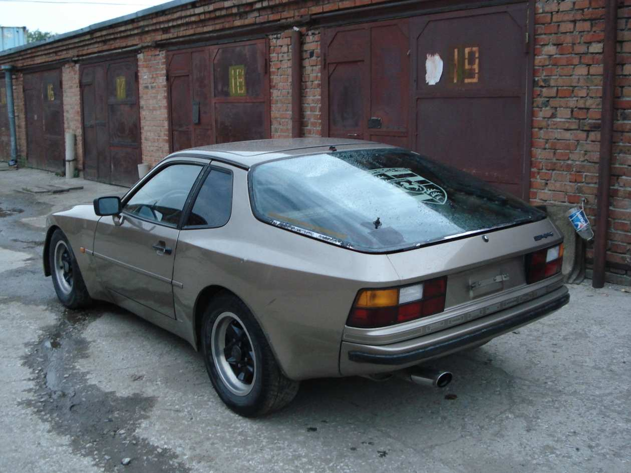1984 porsche 944 photos 2 5 gasoline fr or rr manual for sale. Black Bedroom Furniture Sets. Home Design Ideas