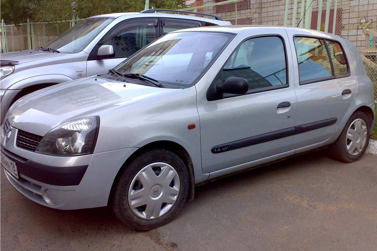 2002 renault clio pictures 1400cc gasoline ff manual for sale