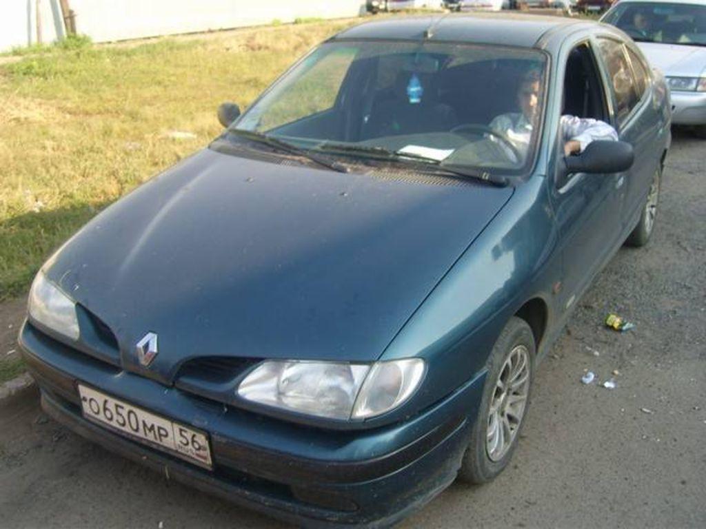 Onwijs 1998 Renault Megane Pictures, 1600cc. For Sale DM-72