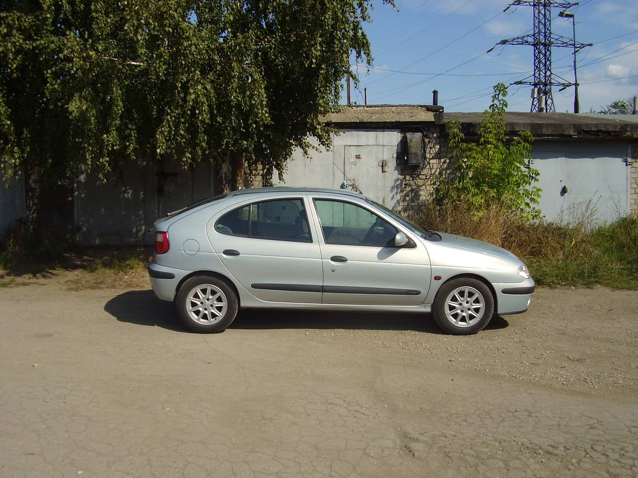 Renault Megane 1999 Review