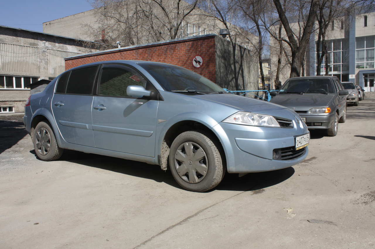 2008 renault megane sedan photos 1 6 gasoline ff. Black Bedroom Furniture Sets. Home Design Ideas