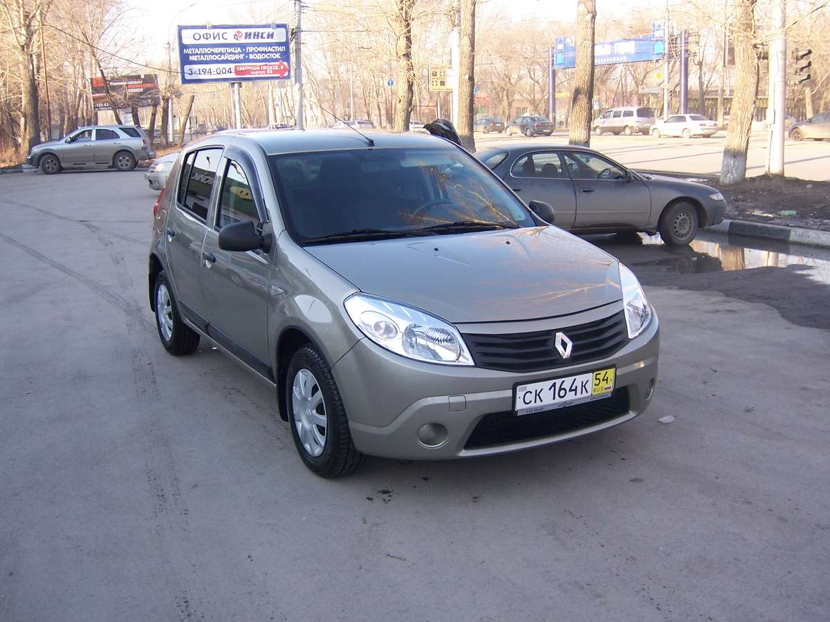 2010 renault sandero for sale 1 6 gasoline ff automatic for sale. Black Bedroom Furniture Sets. Home Design Ideas