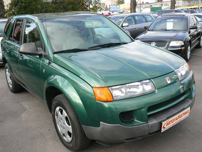 used 2004 saturn vue photos 2 2 gasoline ff automatic. Black Bedroom Furniture Sets. Home Design Ideas