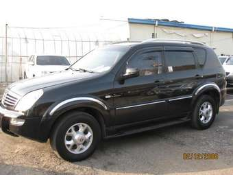 2004 Ssang YONG Rexton Photos