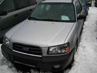 2004 Subaru Forester Images