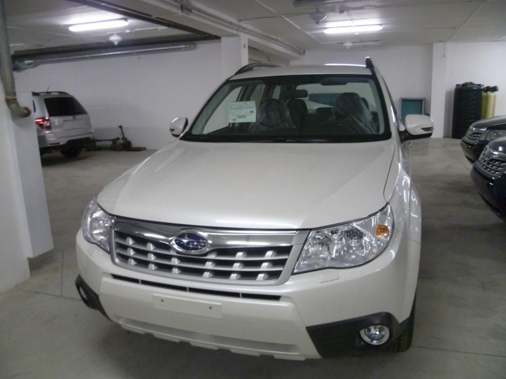 used 2012 subaru forester photos 2000cc gasoline automatic for sale. Black Bedroom Furniture Sets. Home Design Ideas