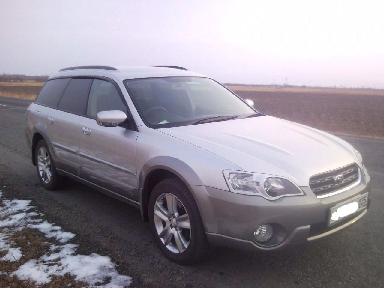 Used 2004 subaru outback photos 3000cc gasoline cvt for sale photo 1 enlarge photo 1280x960 2004 subaru outback photos vanachro Image collections