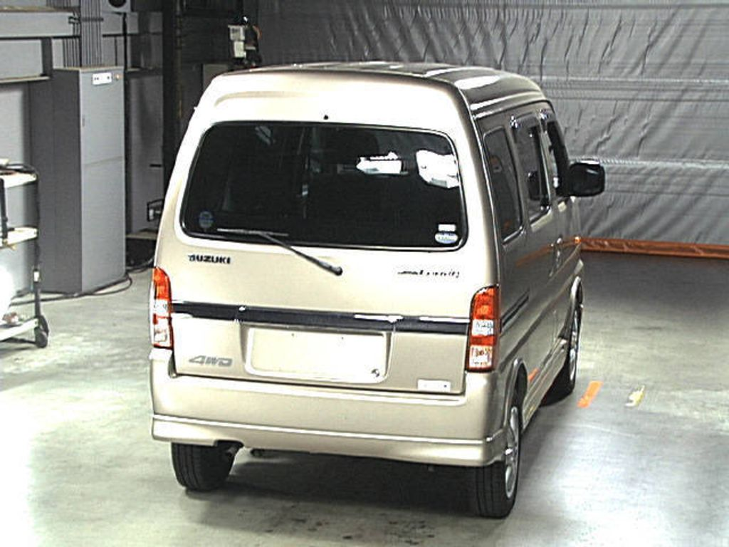 Suzuki Landy 2001 | Autos Classic Cars Reviews
