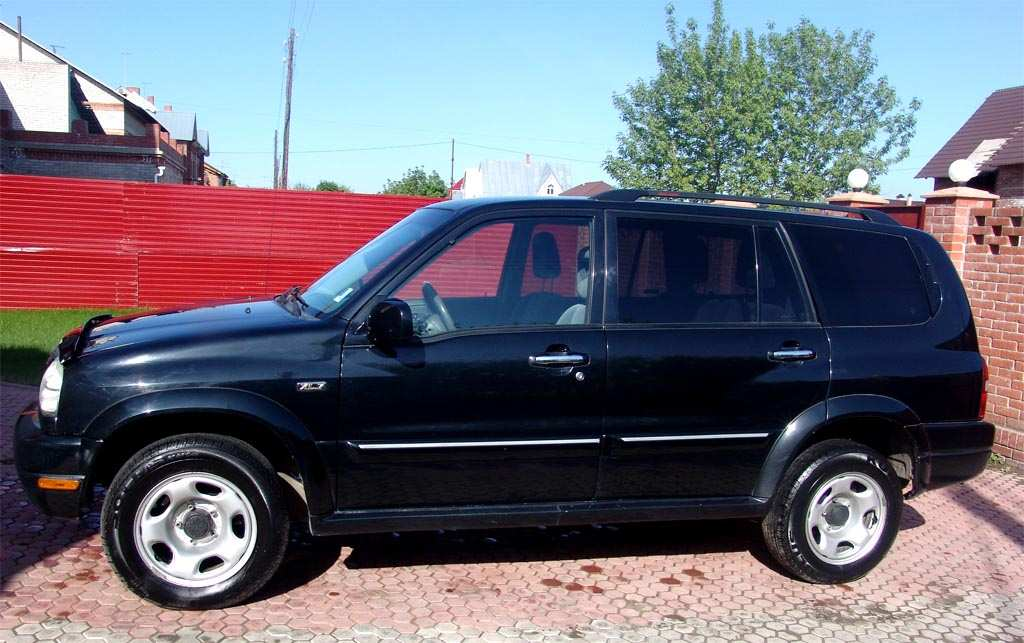 2001 suzuki grand vitara xl 7 photos 2 7 gasoline. Black Bedroom Furniture Sets. Home Design Ideas