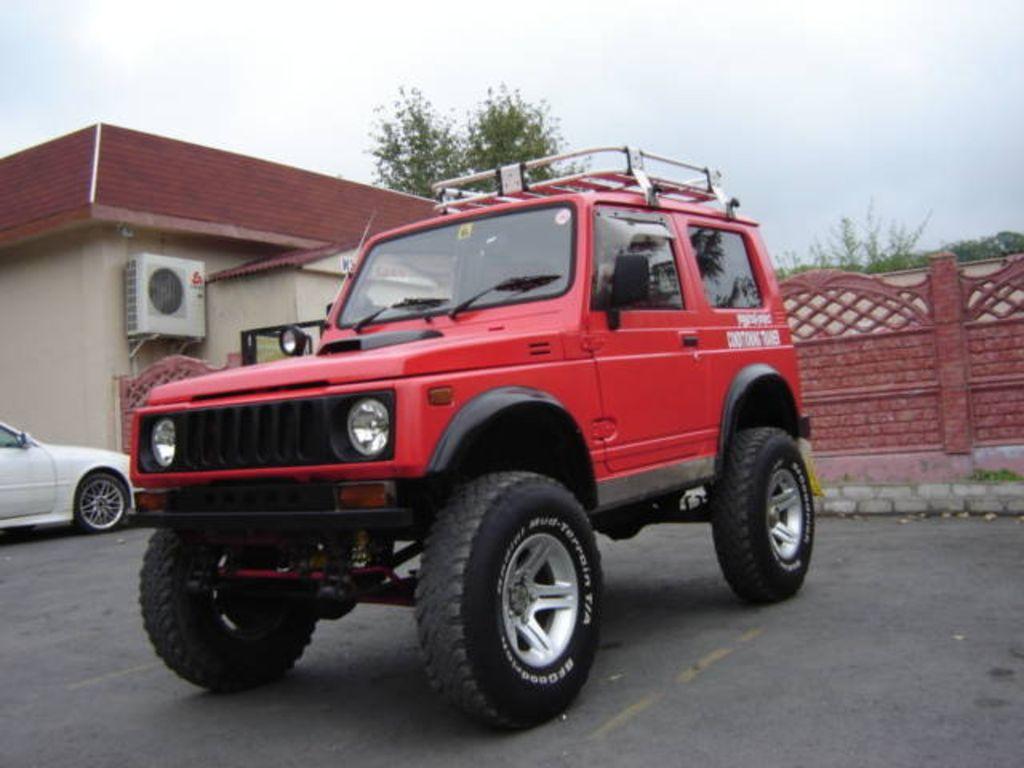 Suzuki Samurai Red Paint