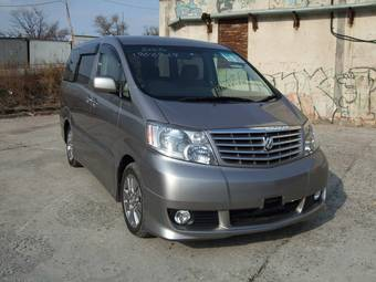 2005 Toyota Alphard Pictures