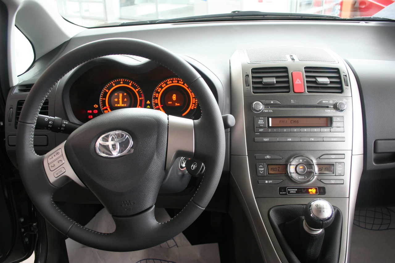 sold in japan used toyota auris 2009 toyota auris for sale photo 5
