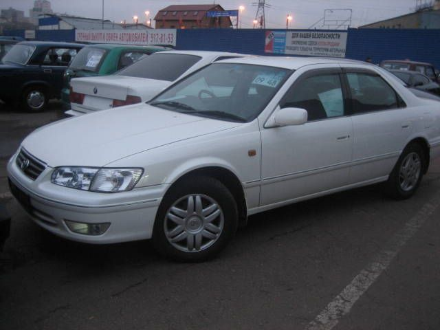 2000 toyota camry size 28 images 2000 toyota camry le. Black Bedroom Furniture Sets. Home Design Ideas